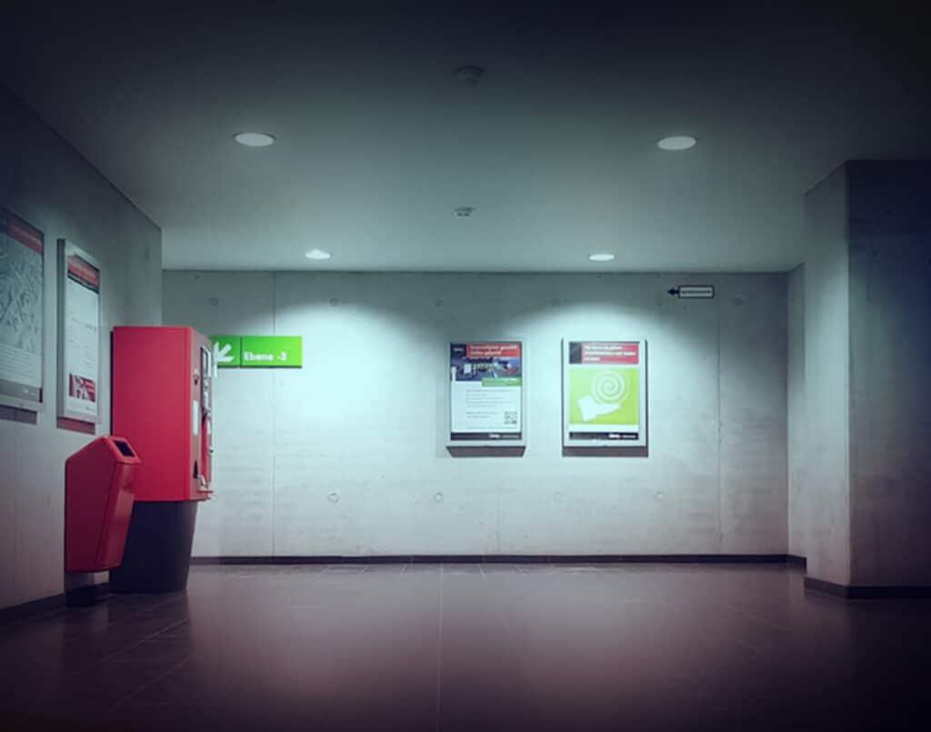 Diese Abbildung zeigt einen Parkautomaten mit Schulz Beleuchtung - Referenzen in Bestform